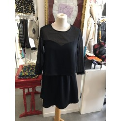 ROBE NOIRE VOILE DEGRIFFEE...